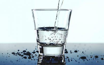fontaine boisson en verre