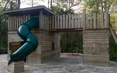 cabane bois jardin enfants