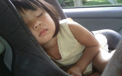 réhausseur avec dossier voiture enfant