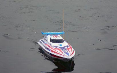 bateau telecommande