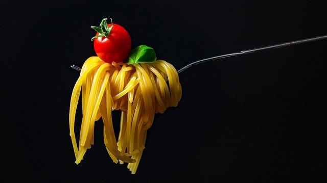 spaghetti lunch en verre